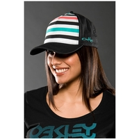 Oakley Surf Trucker Cap