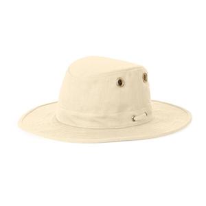 Image of Tilley Medium Curved Brim Hemp Hat - Natural